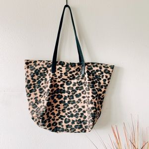 Old Navy Cheetah Animal Print Tote Bag Purse